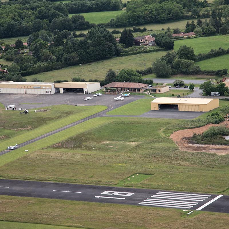 Vue aérienne aérodrome villefrance tarrare